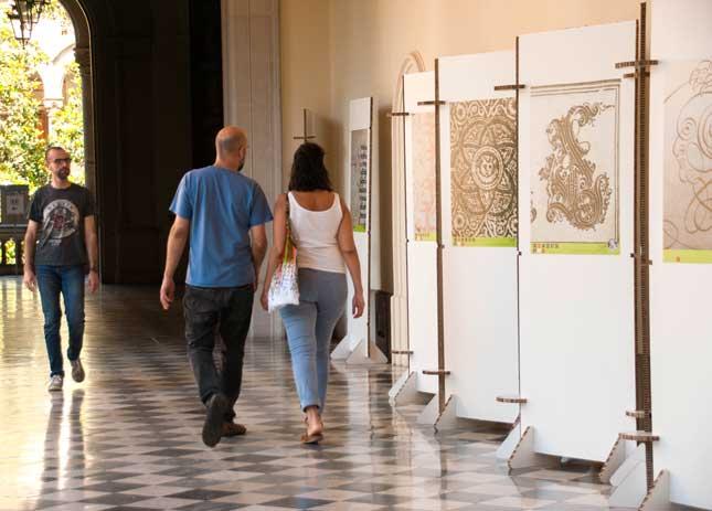 """Visita comentada a l'exposició """"Tipus, Éssers & Barruts"""""""